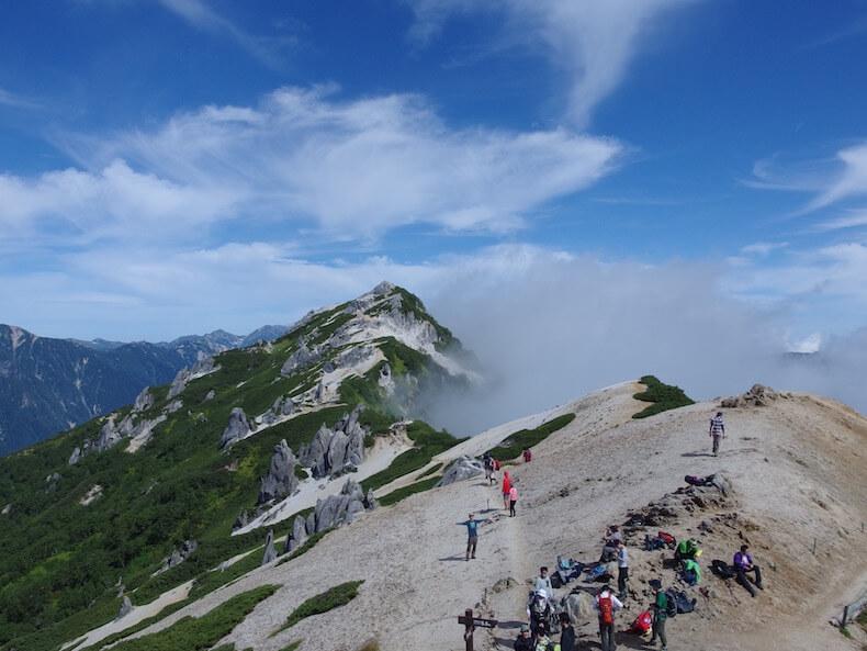 表銀座縦走路で燕岳〜大天井岳〜常念岳へ〜子供とテント泊登山(その1)