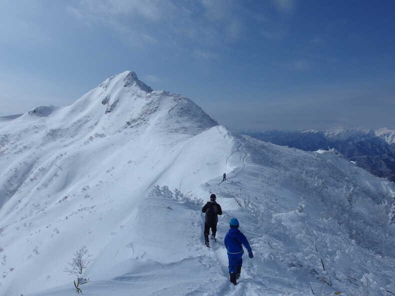 厳冬期の武尊山(撤退)〜子供と日帰り雪山登山