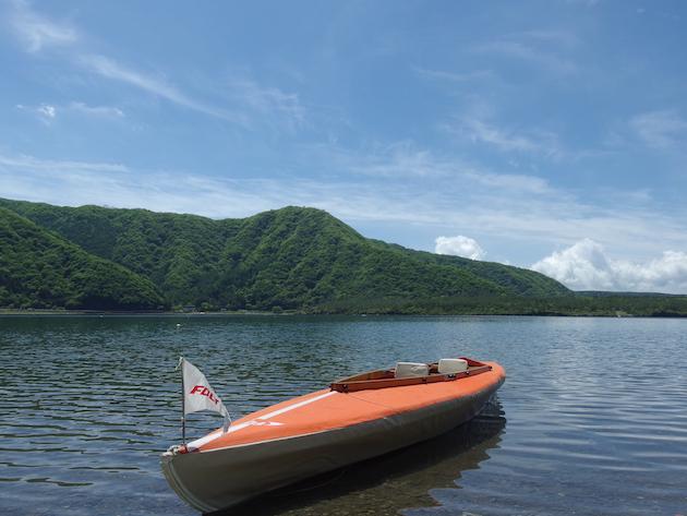 フジタカヌーの全身ビクター工芸時代の艇