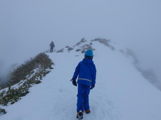 谷川岳トマの耳へのビクトリーロード