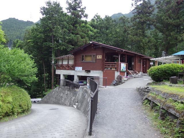 川井キャンプ場に到着~電車で父子キャンプ