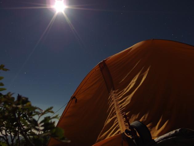 北岳山荘のテン場の夜