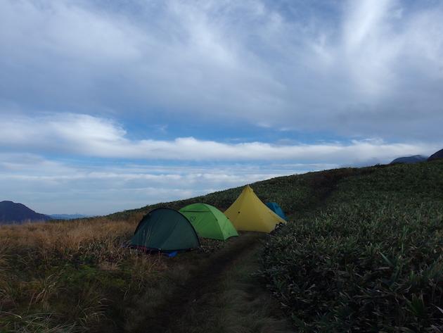 蓬ヒュッテのテント場(離れ)w